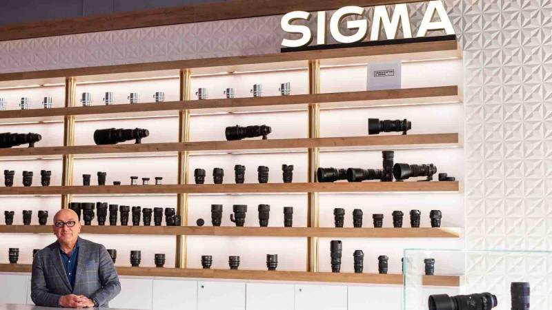 Sigma lenses on display