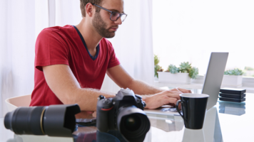 Why Working with an Editor that's 2,500 Miles Away Isn't Actually That Hard (Sponsored)