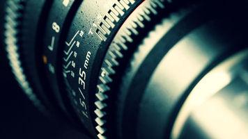 Cinema Lens image courtesy of Pexels licensed under Creative Commons