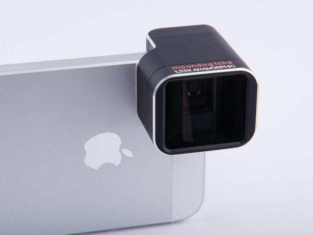 Moondog Labs 1.33x anamorphic adapter lenses for the iPhone 5/5S