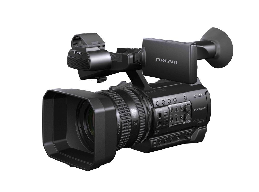 A Review of the Sony FDR-AX100/B 4K Video Camera with 3.5-