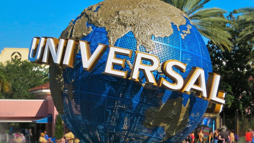 Universal Globe