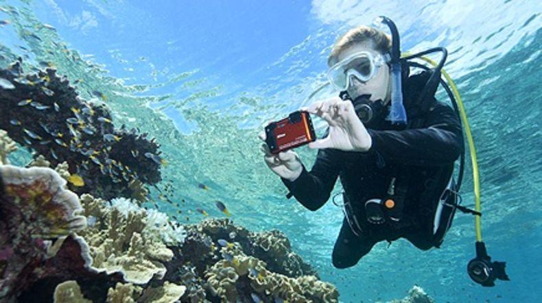 COOLPIX W300 filming underwater