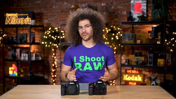Image of Jared Polin with Nikon's D850 and Canon's 5D Mark IV