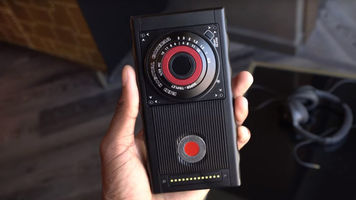 RED's Hydrogen One Smartphone