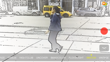 Touchscreen video effects applied while recording