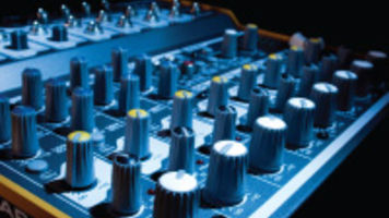 Buyer's Guide to Finding the Best Audio Recording & Mixing Gear