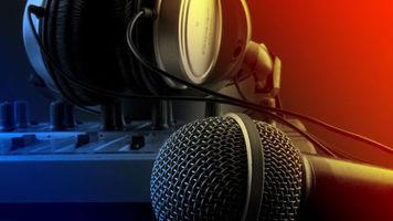 headphone-microphone-mixer