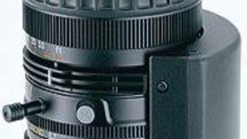 Manual Zoom Lens Brings Shoots into Focus