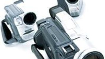 crazy eights 8mm camcorder buyer s guide videomaker rh videomaker com Magnavox VHS Camcorder Magnavox VHS Camcorder