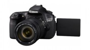 Videomaker Tests Beta Canon 60D Camera with Articulating LCD Screen