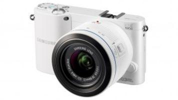 Samsung NX1000 - A Smart Little Camera