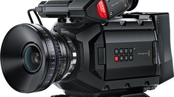 camera with large lens and viewfinder