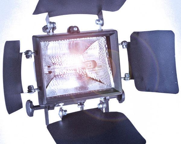 Do it yourself lighting kit videomaker do it yourself lighting kit solutioingenieria Image collections