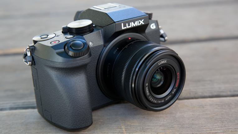 Panasonic Lumix DMC-G7 Mirrorless Digital Camera