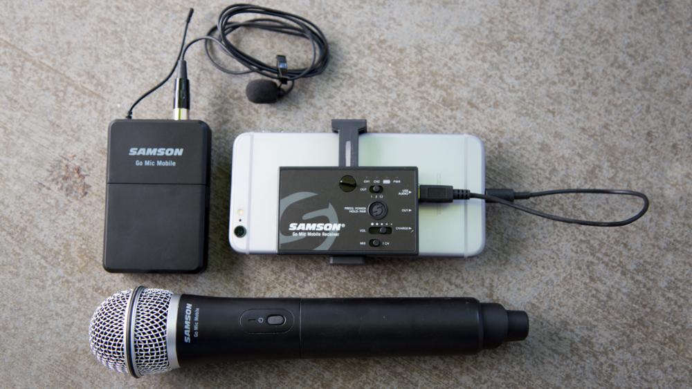 Samson Go Mic Mobile Receiver with LM8 Lavalier and Belt Pack Transmitter & Q8 Dynamic Handheld Mic/Transmitter