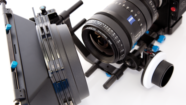 Zeiss 28-80mm Cine Zoom on RED RAVEN