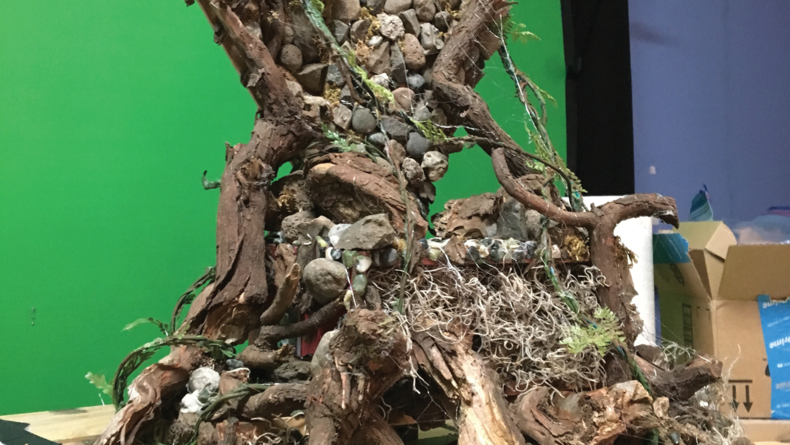 Puppet's throne in front of green screen
