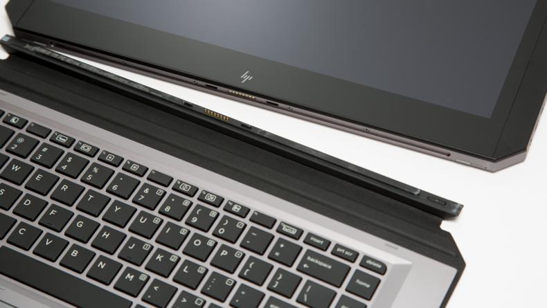 Fully detachable keyboard