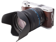Samsung NX300 Camcorder and 3D Lens