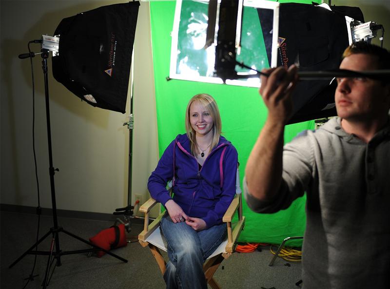 How Does Green Screen Work?  sc 1 st  Videomaker.com & How Does Green Screen Work? | Videomaker.com azcodes.com