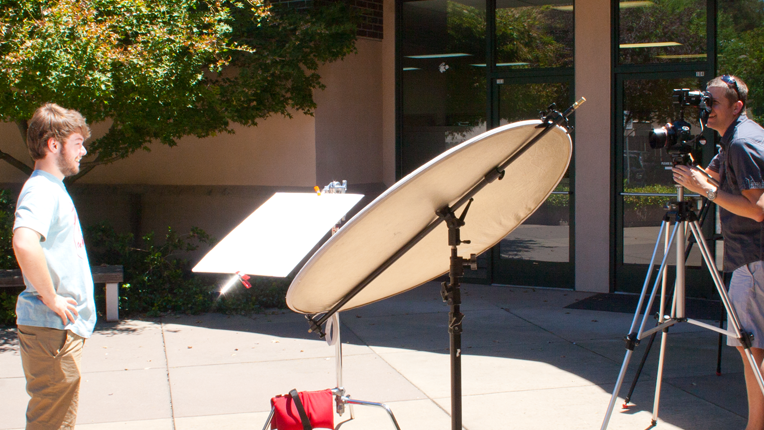 How to Light a Scene Effectively Using Only Reflectors